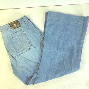 True Religion women's flared bottom jeans size 31